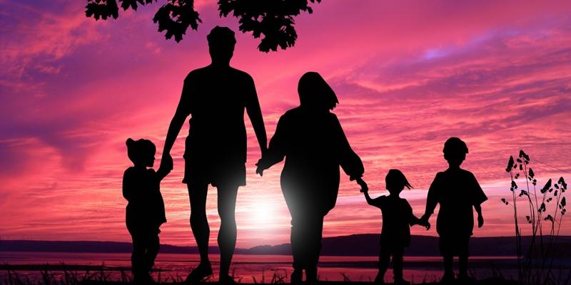 Charlas coloquio a realizar por temáticas sobre MATRIMONIO Y FAMILIA